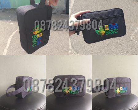 konveksi-pouch-souvenir-e1585205601738